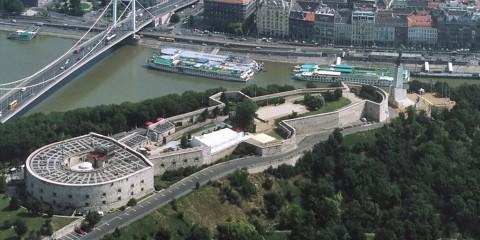 Gellertberg_Zitadelle_www.zahnarzt-budapest.eu